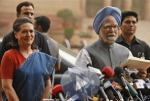 Sonia and Manamohan Singh - picture from NDTV.Com